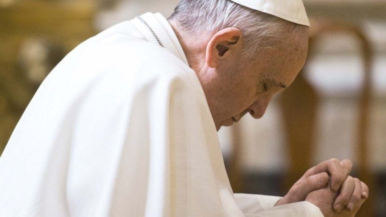 Papa Francesco annuncia: il vaccino Covid è etico, io lo farò