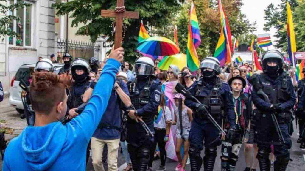gay-pride-cristo-polonia