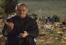 Padre Jozo sulla Collina a Medjugorje