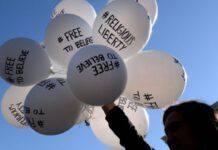 libertà religiosa palloncini manifestazioni