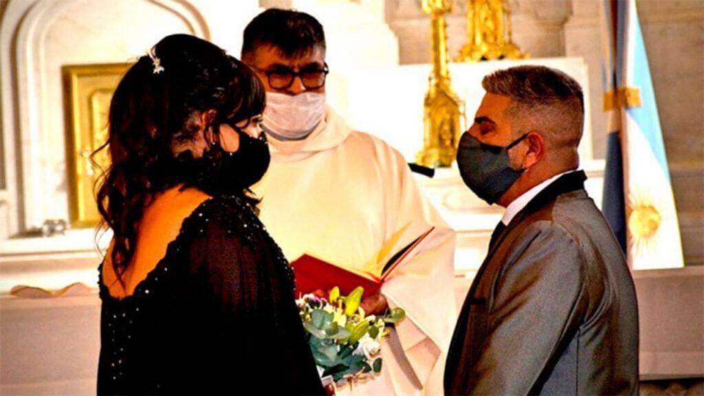 lgbt argentina profanazione matrimonio