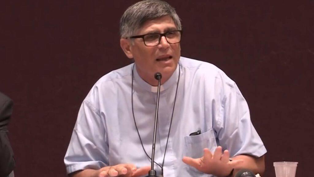 Don Maurizio Patriciello, parroco a Caivano