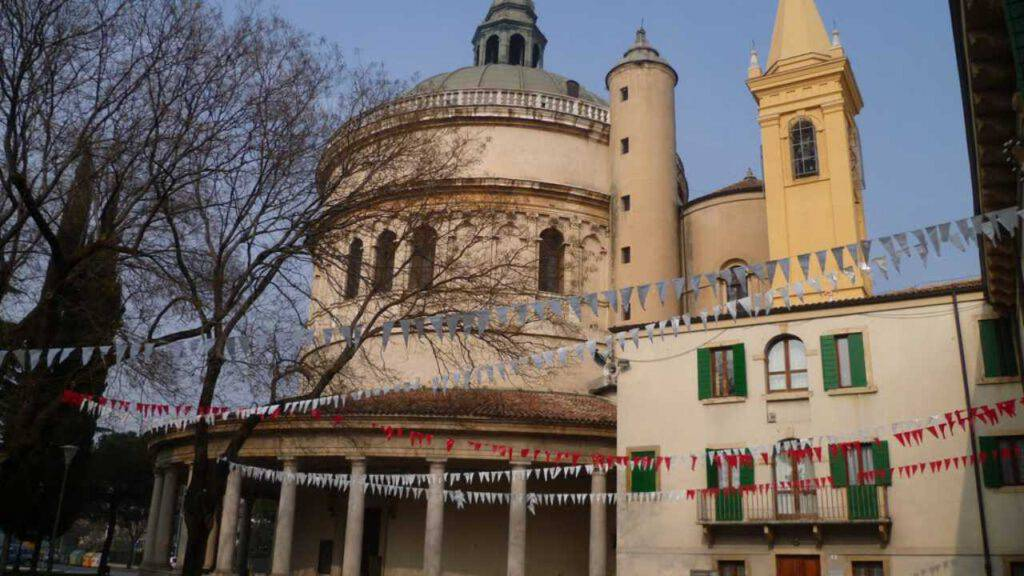 Santuario Madonna di Campagna