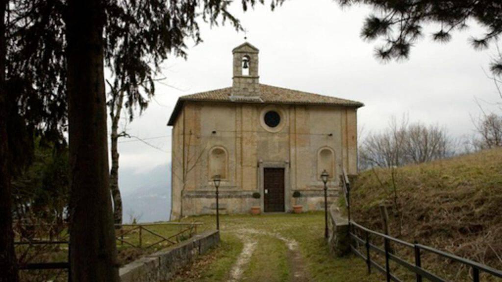 """Santuario di """"Santa Maria apparì"""""""