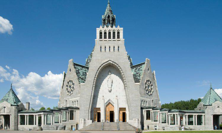Santuario Notre Dame du Cap, in Canada