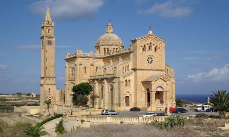 "Santuario Nazionale ""Madonna Ta' Pinu"" a Malta"