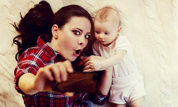 bambino e mamma in foto