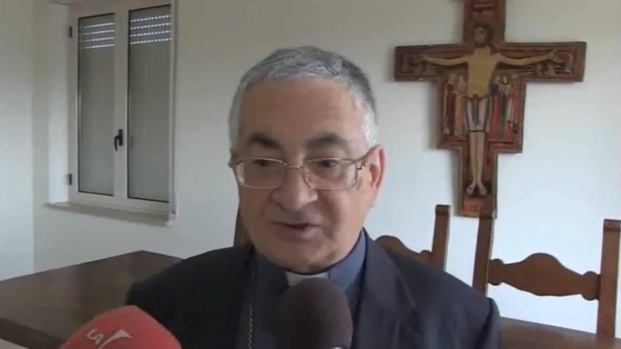 Monsignor Luigi Renzo, vescovo di Mileto