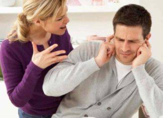 coniugi che litigano