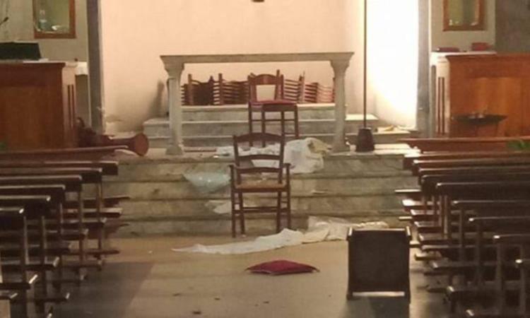 Chiesa di Cà de Caroli, a Scandiano, vandalizzata