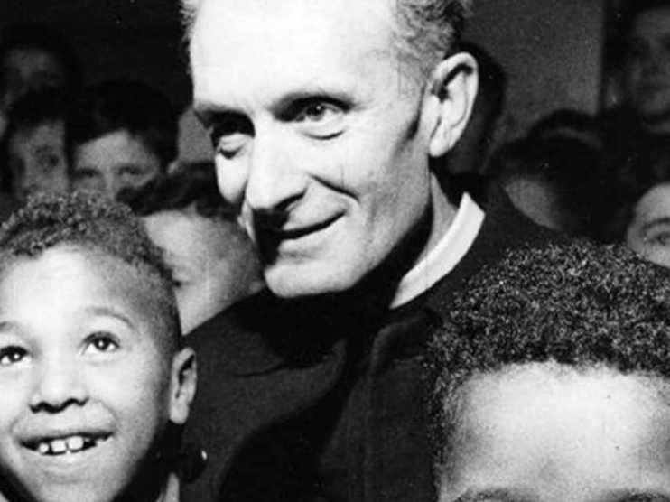 Oggi 25 ottobre preghiamo il Beato don Carlo Gnocchi: una vita spesa a confortare chi è nel dolore
